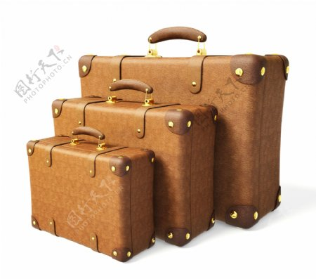 三个不同型号的行李箱