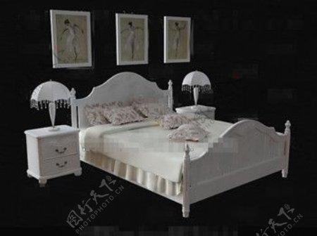 欧洲风格的精致的白色双人床