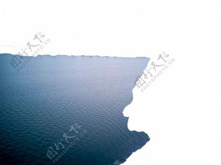 波光粼粼平静的大海