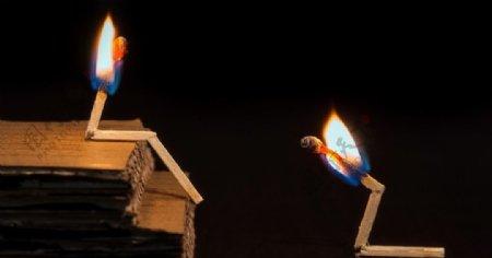 火柴火焰背景