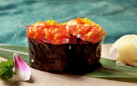 飞鱼籽海胆卷