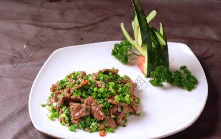 韭香嫩牛肉