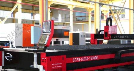 15000W光纤激光切割机图片