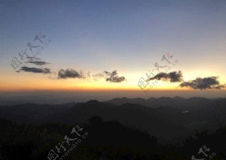 风车山日出图片