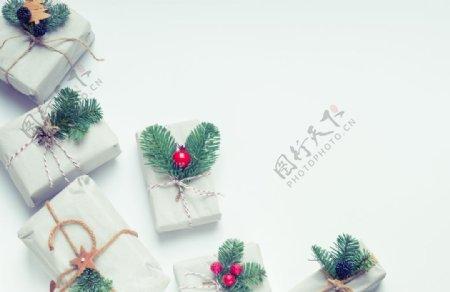 白色圣诞礼物图片